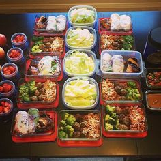 Some midweek meal prep motivation for those of whom continue... Some midweek meal prep motivation for those of whom continue to procrastinate on getting their feet wet with #mealprepping by @spencerleighernst - This weeks menu consists of whole grain pasta done in a red sauce with chicken meat balls and broccoli. Then we have vegetable spring rolls done with BBQd chicken and a delicious thai peanut sauce that you dont have to feel guilty about! And lastly lettuce wrapped turkey tacos with…