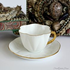 If you want to buy or collect vintage costume jewelry, learn what to look for and where to look. There is something for everyone who is interested in collecting vintage jewelry. Vintage China, Vintage Tea, Antique China, White Coffee Cups, English China, Teapots And Cups, Tea Cup Saucer, Bone China, Tea Party