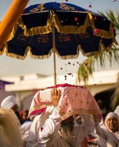 ਵਾਹਿਗੁਰੂ ਜੀ 🙏🙏 Guru Nanak Ji, Nanak Dev Ji, Guru Granth Sahib Quotes, Sri Guru Granth Sahib, Holy Quotes, Gurbani Quotes, Sikhism Religion, Baba Deep Singh Ji, Guru Nanak Wallpaper