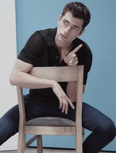 sean elle man000 Sean OPry Plays with Minimalism for Elle Man Mexicos Cover Story