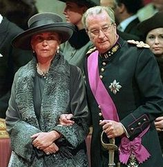 Queen Paola's Fashion and Style Part 1: November 2003 - - The Royal Forums