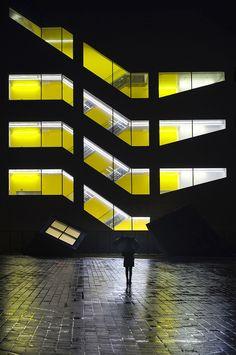 https://flic.kr/p/qjuWBo   Yellow