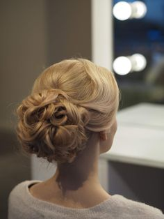 Bergen, Updos, Hair Styles, Makeup, Youtube, Fashion, Instagram Images, Model, Up Dos