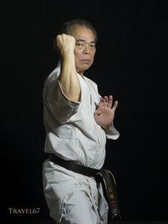 Yoshio Kuba 9th dan Gojuryu Karate | Flickr - Photo Sharing! Masters School, Goju Ryu Karate, Okinawan Karate, Hand To Hand Combat, Hapkido, Martial Artists, Kendo, The Grandmaster, Wing Chun