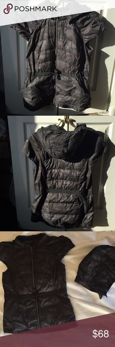 Camouflage print lululemon vest sz 10 Camouflage print lululemon puffy vest with removable hood. Only worn a handful of times and in great condition! Perfect for those fall/winter days of running outdoors! Capped sleeves add additional warmth and weather protection. lululemon athletica Jackets & Coats Vests