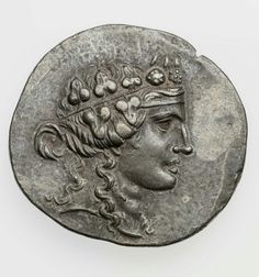 Silver Tetradrachm head beardless Dionysos-obverse:nude w/ Thrysus & holding bunch of grapes-minted ca.189/88 BC Maroneia,Thrace