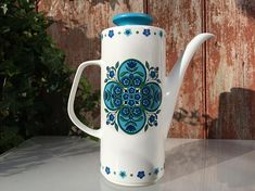 Vintage J&G Meakin Studio Pottery coffee pot Impact pattern Dark Blue Flowers, Trash To Treasure, Stoke On Trent, Flower Images, Earthenware, Jessie, Flower Patterns, 1960s, I Shop