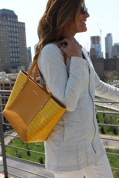 Chic spring tote. Yellow faux croc.