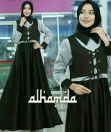 Meidina dress black