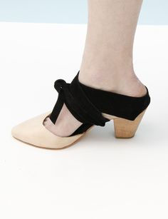 A Detacher Agatha Wrap Heel- Nude/black