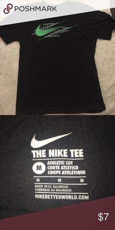 Nike tshirt size M Nike short sleeve only worn once. Size M Nike Shirts Tees - Short Sleeve