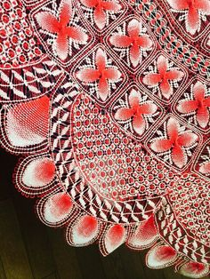 赤のスカート2