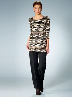 Discover our new collections of classic womenswear for every occasion 01023fa79f5f