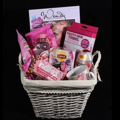 """[ Cadeau voor haar – cadeaumand """"Even tijd voor jezelf"""" Gift for her – gift basket """"Just time for yourself"""". A nice gift basket for the woman to enjoy and relax Handmade Headbands, Handmade Soaps, Handmade Baby, Party Gifts, Diy Gifts, Diy Presents, Personalized Wedding Favors, Meaningful Gifts, Mom Birthday"""