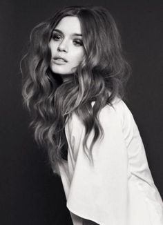 I think my hair would do this but it may be too editorial for a wedding :-/