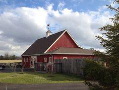 Farmstead Inn barn in Roanoke, Indiana