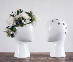 We've seen a lot of vases for flowers while today we want to show you great combination of vase and sculpture. This creative and interesting vase by designer Flower Vases, Flower Arrangements, Chia Pet, Miss Moss, Decoration Originale, Head Shapes, Home Living, Ceramic Vase, Ceramic Planters
