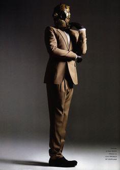 Bob Bassets Journal - Steampunk mask in fashion shoot