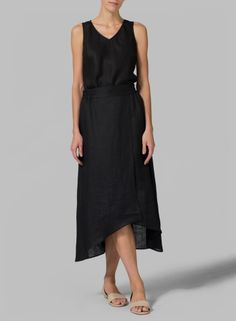 Linen Black A-line Long Skirt - Gorgeous feminine skirt of linen transition flawlessly from day to night.The sweep, the airy quality perfect for your weekend wear and designed to meet your comfy needs at any waistline rise.You shall look attractive by wearing it after been crumpled.
