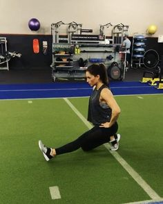 """4,034 Likes, 72 Comments - Alexia Clark (@alexia_clark) on Instagram: """"Med Ball Madness! 45 seconds on 15 seconds rest for each exercise! Go through each one and that…"""""""