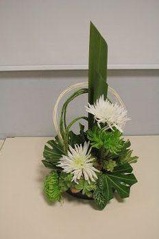 Contemporary Flower Arrangements, Creative Flower Arrangements, Ikebana Flower Arrangement, Church Flower Arrangements, Church Flowers, Beautiful Flower Arrangements, Beautiful Flowers, Arte Floral, Deco Floral