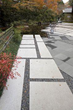 Outdoor Paving, Garden Paving, Outdoor Tiles, Outdoor Gardens, Side Yard Landscaping, Modern Landscaping, Landscape Design, Garden Design, Paving Design