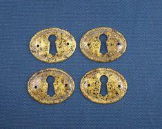 4 Antique Style Oval Brass Escutcheons Antique Brass Finish