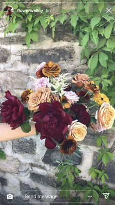 Love this bouquet! Farm Wedding, Bouquet, Painting, Art, Art Background, Bouquet Of Flowers, Painting Art, Kunst, Bouquets