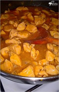 Gulasz z pieczarkami (z piersi kurczaka) (2) Pot Roast, Thai Red Curry, Pork, Baking, Ethnic Recipes, Diet, Carne Asada, Pork Roulade, Bread Making