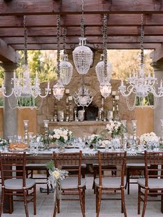 vintagestilettobrides:    You can never have too many chandeliers! Okay maybe you can, but this works!