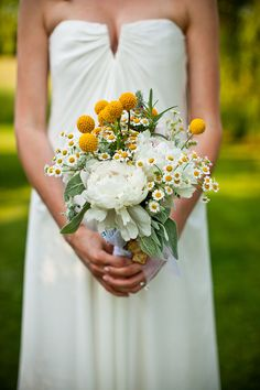 yellow bouquet. nicole miller dress.