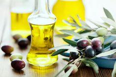 Khasiat Minyak Zaitun Cukup Menakjubkan! | http://www.wom.my/kesihatan/petua-pemakanan/khasiat-minyak-zaitun/