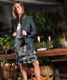 Elena Urrutia #falda #top #chaqueta #elegancia #verano #mujer #flores #tranquilidad #frescura #fashion