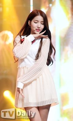 South Korean Girls, Korean Girl Groups, Gfriend Sowon, Summer Rain, Rapper, Stage, Female, Disney Princess, Kpop
