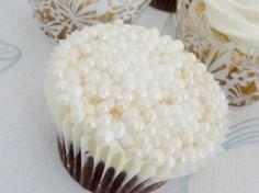 pearl cupcake