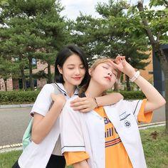 Do Hana and Yeo Boram A-teen webdrama Korean Photo, Cute Korean, Ulzzang Korean Girl, Ulzzang Couple, Jung So Min, Ullzang Girls, Teen Web, Teen Images, K Drama