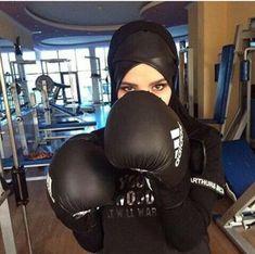 Hijab Style, Hijab Chic, Preety Girls, Cute Girls, Muslim Girls, Muslim Women, Dc Superhero Girls Dolls, Beautiful Hijab Girl, Street Hijab