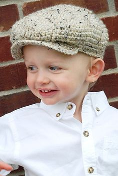 Scally Cap Pattern by adrienneengar on Etsy Crochet Hat With Brim, Crochet Kids Hats, Crochet For Boys, Crochet Beanie, Knit Crochet, Mode Crochet, Types Of Hats, Kind Mode, Baby Hats