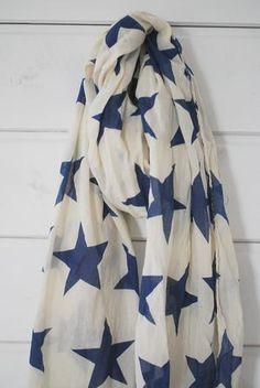 sand + navy star shawl