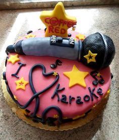 La torta Karaoke. The cake of Dj