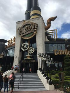 Planning to visit Universal Orlando? Are you wondering what are Universal Orlando Top Rides? Here is our list of Universal Orlando Must-Dos for 2019 Vacation Meme, Family Vacation Destinations, Cruise Vacation, Best Vacations, Disney Vacations, Family Vacations, Family Travel, Road Trip Essentials, Road Trip Hacks
