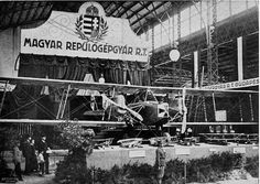 Twin engined bomber, produced by the Hungarian Airplane Factory, joint-stock company, in (A subsidiary of Ganz Works) The English Patient, War Film, May Bay, Austro Hungarian, Hungary, Budapest, Troops, Aviation, The Past
