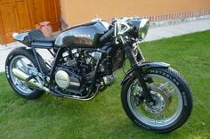 You don't see many of these around, Honda VF750 Sabre. Beautiful.