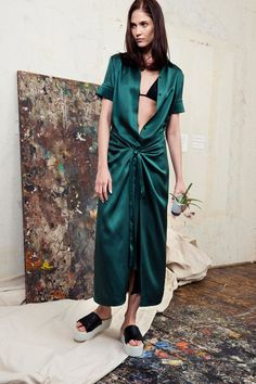 http://www.style.com/fashionshows/complete/slideshow/2015RST-rosetta_getty/