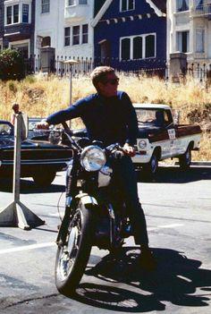 Bullitt Steve McQueen cool on San Francisco set riding motorcycle Poster Steve Mcqueen Triumph, Steve Mcqueen Motorcycle, Steve Mcqueen Style, Steeve Mac Queen, Old Movie Stars, Triumph Motorcycles, Go Kart, Actor Model, Classic Hollywood