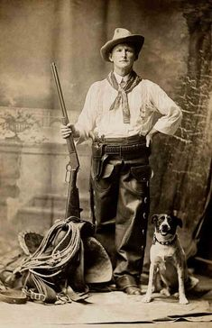 Old West Cowboys And Indians Cowboy and his dog Old West Photos, Antique Photos, Vintage Pictures, Old Pictures, Real Cowboys, Cowboys And Indians, Vintage Abbildungen, O Cowboy, Westerns