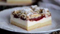 Kolač sa šljivama i puding kremom (topi se u ustima) Baking Recipes, Cookie Recipes, Dessert Recipes, Sweet Desserts, Sweet Recipes, Croatian Recipes, Food Design, Cake Decorating, Food Porn