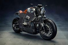 The stunning futuristic BMW M motorcycle concept by Jans Slapins, inspired by the design of military jets and stealth fighters. The BMW M motorcycle concept by… Bmw Boxer, Concept Motorcycles, Old Motorcycles, Top Gear, Wallpapers Bmw, Tron Light Cycle, Motos Bmw, Bmw Concept, Bavarian Motor Works