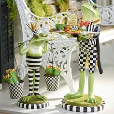 Whimsical Painted Furniture, Funky Furniture, Mackenzie Childs Furniture, Mackenzie Childs Inspired, Mckenzie And Childs, Diy And Crafts, Arts And Crafts, Paperclay, Plant Holders