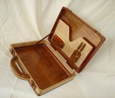 One of a Kind Works of Art in Wood Wooden Bag, Wooden Toys, Woodworking Workbench, Woodworking Projects, Wooden Toy Kitchen, Leather Phone Case, Leather Art, Clever Design, Wood Boxes
